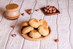 Домодельное печенье овса с медом и фундуком Стоковые Фото