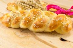 Домодельное печенье оплетки с заводом пшеницы Стоковое Изображение RF