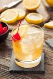 Домодельное питье коктеиля вискиа кислое Стоковое фото RF