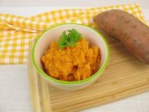 Домодельное пюре сладкого картофеля стоковые изображения rf
