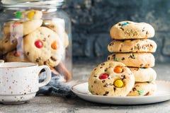 Домодельной печенья покрытые конфетой Стоковое фото RF