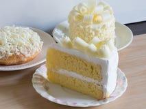 Домодельные белые шоколадные торты, селективный фокус Стоковые Фото