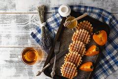 Домодельные вафли на плите для завтрака Стоковое Изображение RF