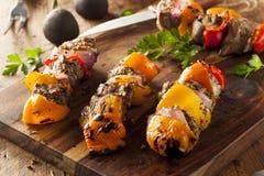 Домодельные зажаренные стейк и Veggie Shish Kebabs Стоковое Изображение RF