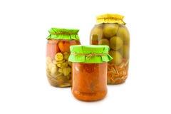 Домодельные замаринованные томаты и огурцы Стоковое Фото