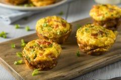 Домодельные здоровые булочки яичка завтрака Стоковые Фото