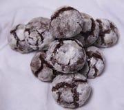 Домодельные печенья завтрака шоколада и цветки весны печенье домодельное Стоковая Фотография RF
