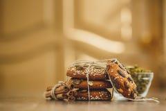 Домодельные печенья с семенами и шоколадом сезама Стоковое Изображение