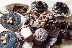 Домодельные сырцовые торты Стоковое Фото