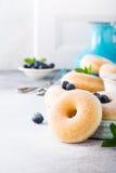 Домодельные donuts с сахаром Стоковые Фотографии RF