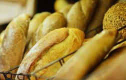 Домодельный варить сделанный от всех пшеницы и зерен с хлебами Стоковое Изображение