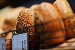 Домодельный варить сделанный от всех пшеницы и зерен с хлебами Стоковое Изображение RF