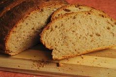 Домодельный коричневый хлеб стоковые фотографии rf