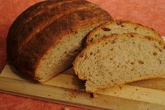 Домодельный коричневый хлеб стоковое фото rf