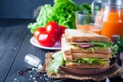 Домодельный сандвич с салатом Стоковая Фотография