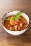 Домодельный суп Fagioli Calamari Стоковая Фотография RF
