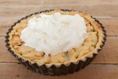 Домодельный сладостный органический пирог ревеня яблока Стоковое фото RF