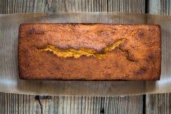 Домодельный торт фунта стоковое изображение rf