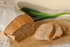 Домодельный хлеб с луком Стоковая Фотография RF