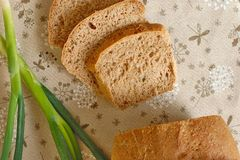 Домодельный хлеб с луком Стоковые Изображения