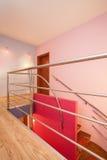 Дом амаранта - лестница стоковые изображения rf