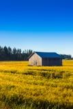 Дом амбара на полях осени Стоковое Фото