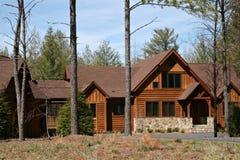 дом встал на сторону древесина Стоковые Изображения RF