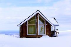 Дом в горах - станция спасения Стоковые Фотографии RF
