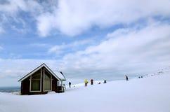 Дом в горах - станция спасения Стоковое фото RF