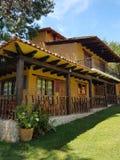 Дом в древесинах Стоковая Фотография