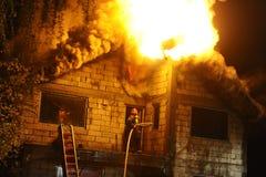Дом в пожаре Стоковое Фото