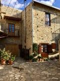 Дом в селе стоковая фотография