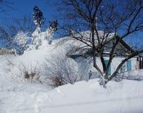Дом в селе Стоковые Изображения RF