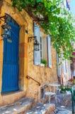 Дом в старом городке St Tropez стоковые изображения rf