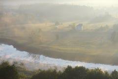 Дом в тумане Стоковое фото RF