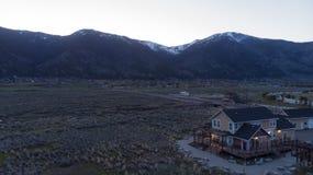 Дом долины в тени стоковая фотография
