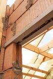 Дом здания и конструкции, стена сделал красный кирпич Стоковые Фотографии RF