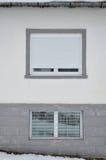 Дом и окна Стоковые Изображения RF