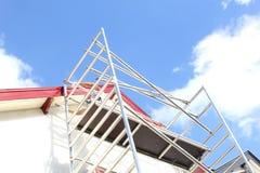 Дом картины крыши человека башни лесов, Нидерланды стоковое изображение rf