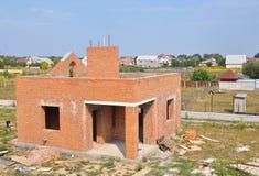 Дом кирпича строительной конструкции Незаконченная домашняя конструкция Стоковое фото RF