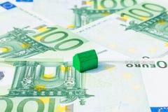Дом концепции, счет оплаты, евро дохода Стоковое фото RF