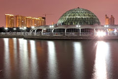 Дом купола Стоковая Фотография RF