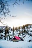 Дом ландшафта снега стоковая фотография
