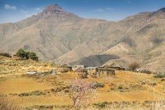 Дом Лесото традиционный - хаты Basotho Стоковое фото RF