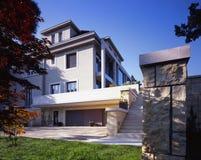 Дом многодетной семьи Стоковая Фотография