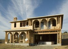 Дом под конструкцией стоковое изображение