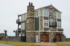 Дом пляжа фронта океана роскошный уникально Стоковое Фото