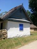Дом-сарай рыболова, перепад Дуная, теперь в музее деревни, Бухарест стоковое фото rf