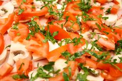 дом сделал пиццу uncooked Стоковые Фото