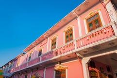 Дом старого городка Пхукета китайско-португальский на дороге Thalang, Пхукет, стоковые изображения rf